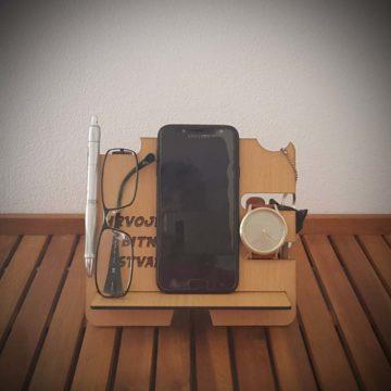 stalak za mobitel i osobne stvari